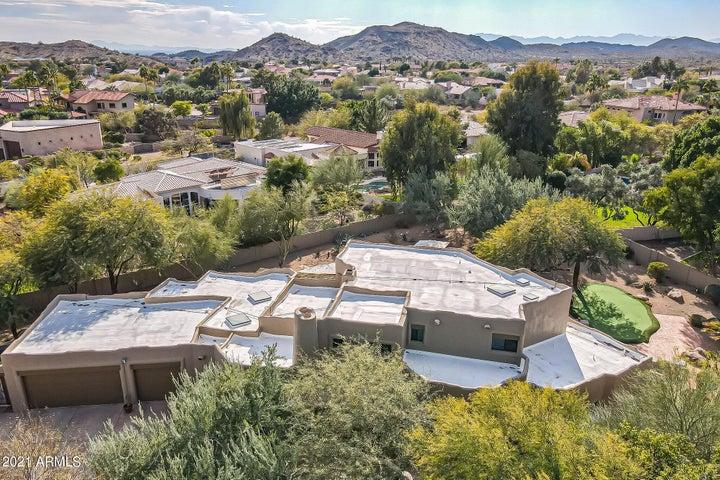 12240 S YAKI Court, Phoenix, AZ 85044