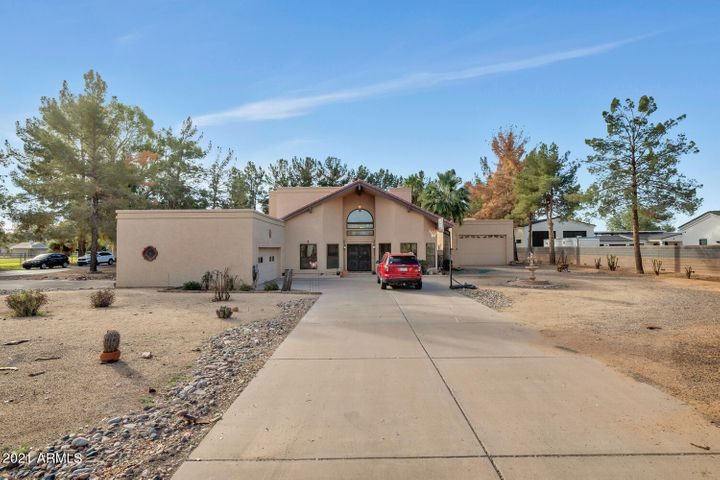 11031 E Cloud Road, Chandler, AZ 85248