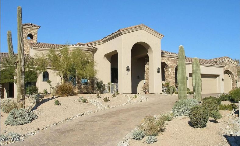 BEAUTIFUL LAS SENDAS LUXURY CUSTOM HOME