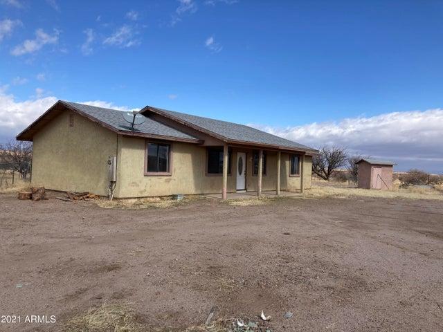 413 W MUSTANG Road, Huachuca City, AZ 85616