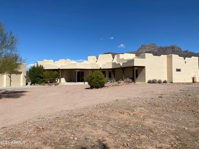 257 S HAPPY TRAIL Road, Apache Junction, AZ 85119