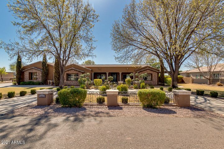 15323 E VIA DEL RANCHO, Gilbert, AZ 85298