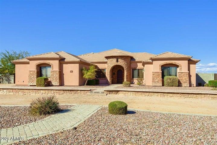 1356 E LOVELAND Lane, San Tan Valley, AZ 85140