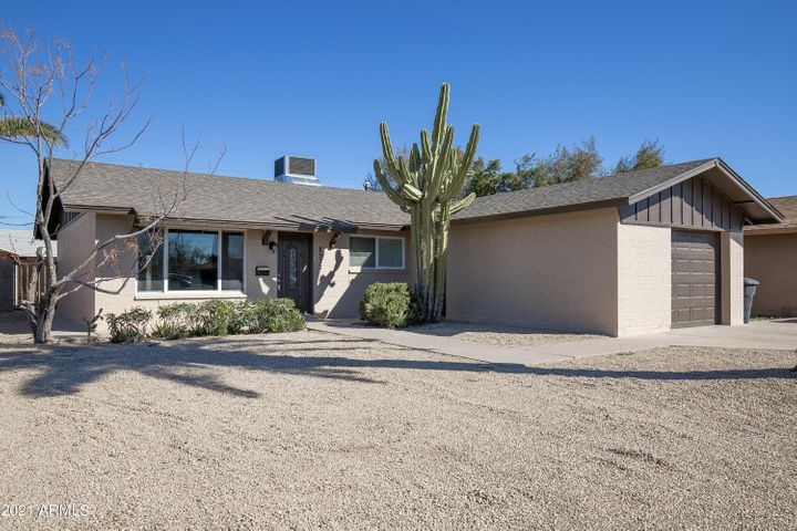 8532 E CHAPARRAL Road, Scottsdale, AZ 85250