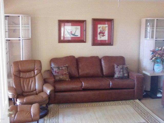 246 E VAUGHN Avenue, Gilbert, AZ 85234