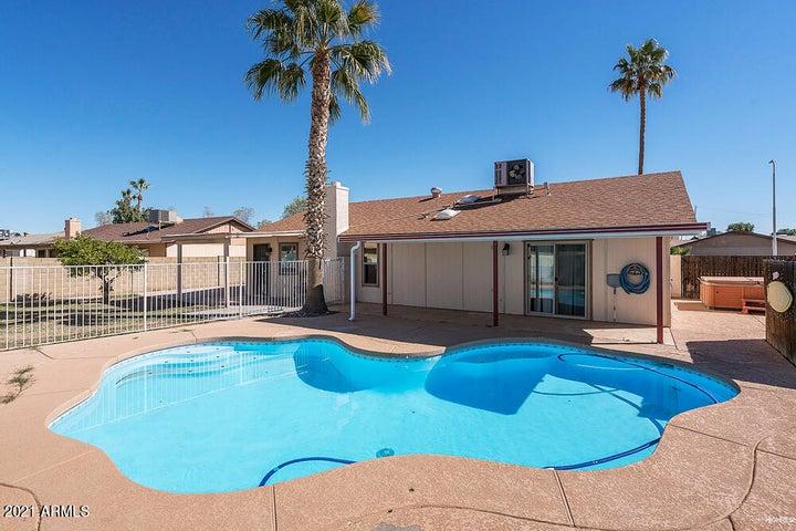 2206 E FRYE Road, Chandler, AZ 85225
