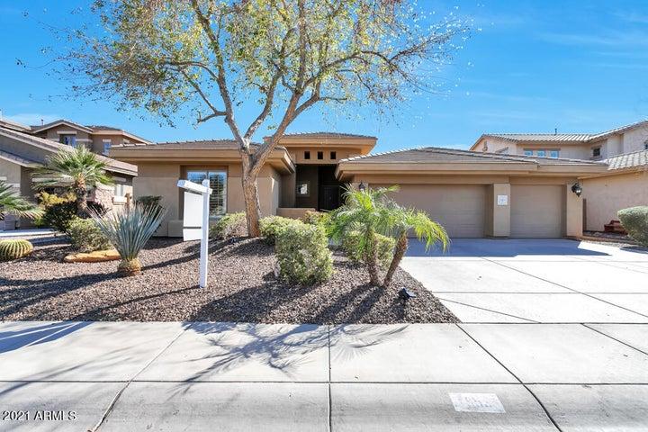 953 E LODGEPOLE Drive, Gilbert, AZ 85298