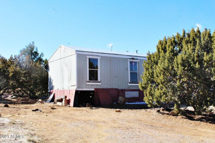 7 ACR 8021 Road, Concho, AZ 85924