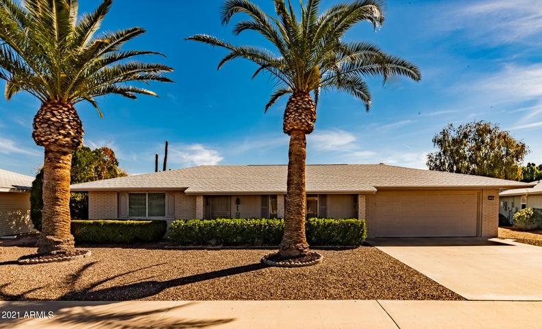 16001 N NICKLAUS Lane, Sun City, AZ 85351