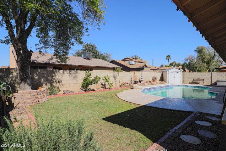 5338 W DESERT HILLS Drive, Glendale, AZ 85304