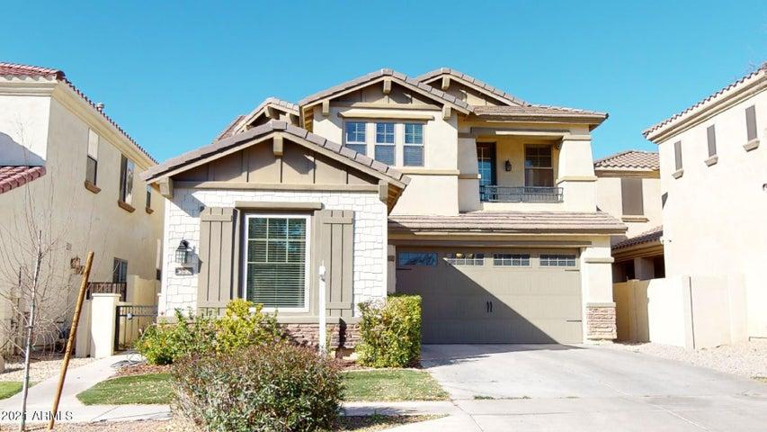 3532 E WINDSOR Drive, Gilbert, AZ 85296