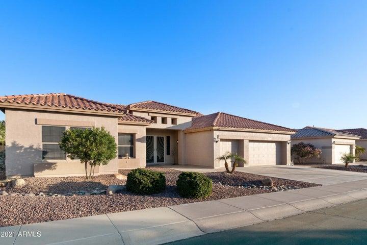 4448 E WALNUT Road, Gilbert, AZ 85298