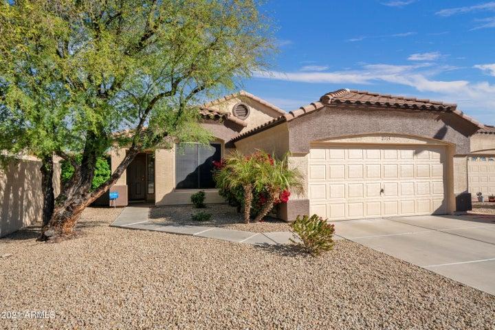 2114 W TRACY Lane, Phoenix, AZ 85023