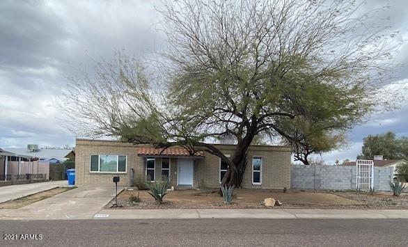 2202 W MICHIGAN Avenue, Phoenix, AZ 85023