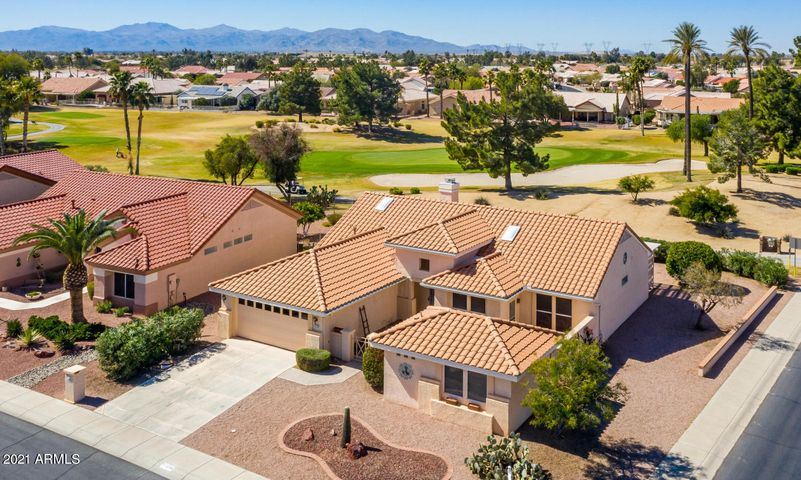 22708 N LAS VEGAS Drive, Sun City West, AZ 85375