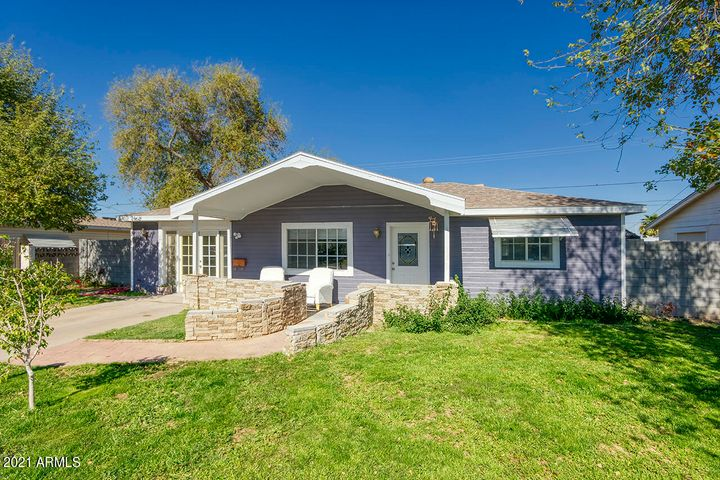 11132 W INDIANA Avenue, Youngtown, AZ 85363