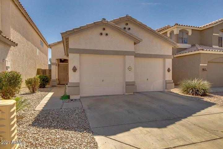 8411 W SALTER Drive, Peoria, AZ 85382