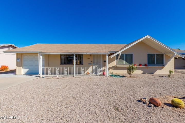 10528 W LA JOLLA Drive, Sun City, AZ 85351