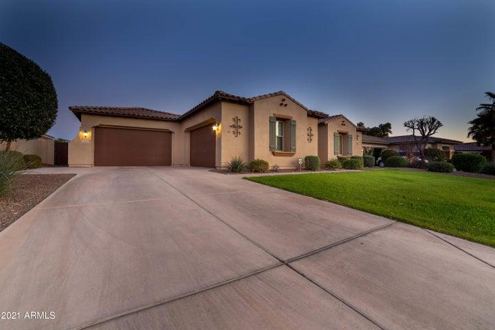 14521 W MOUNTAIN VIEW Drive, Litchfield Park, AZ 85340