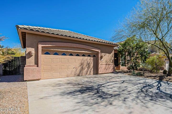 2325 N MALACHITE Circle, Mesa, AZ 85207