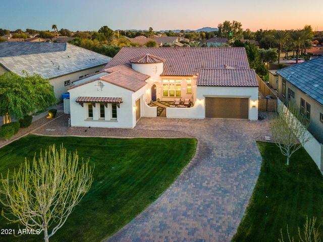 3257 E INDIGO BAY Court, Gilbert, AZ 85234