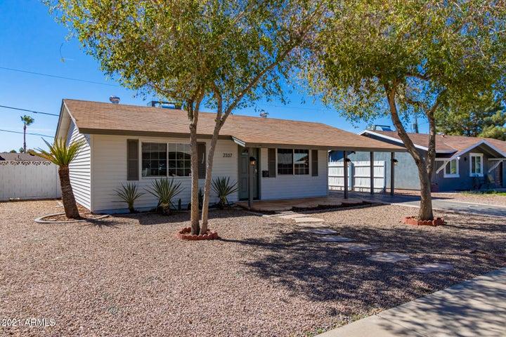 2337 W ALTADENA Avenue, Phoenix, AZ 85029