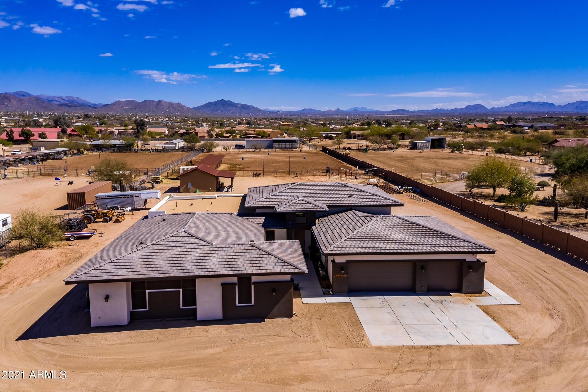 35205 N 3rd Avenue, Phoenix, AZ 85086