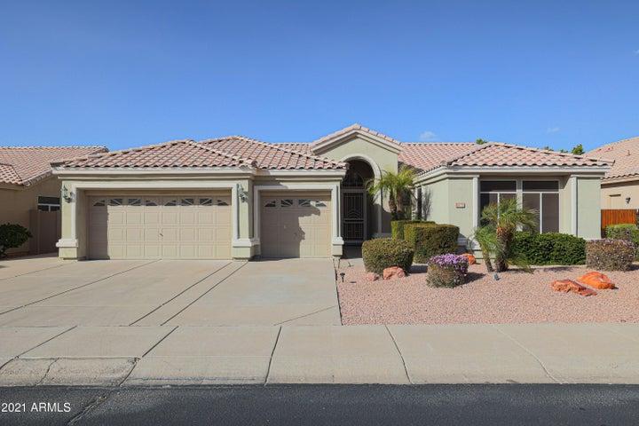7160 W FOOTHILL Drive, Glendale, AZ 85310