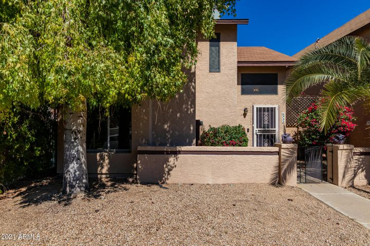 6722 W KINGS Avenue, Peoria, AZ 85382