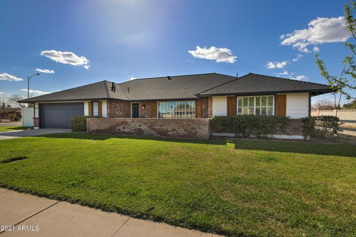 8531 E MONTEREY Way, Scottsdale, AZ 85251