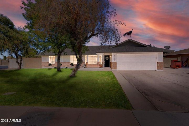 3112 E Gable Circle, Mesa, AZ 85204