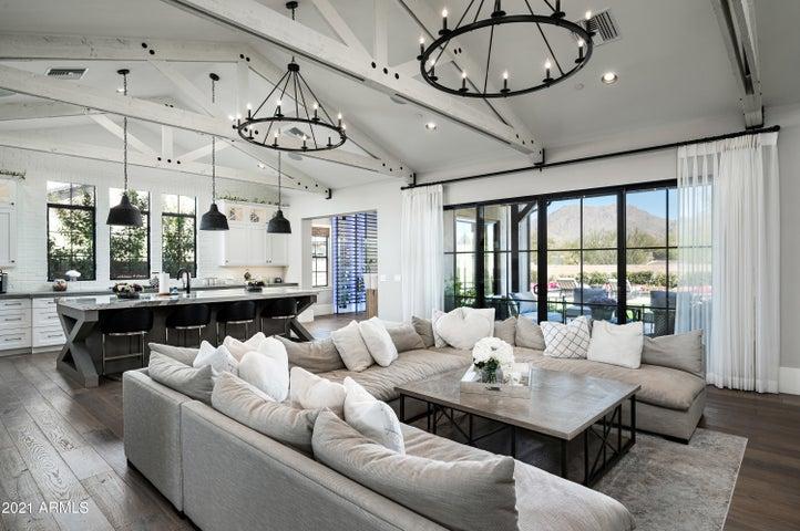 10203 E CAMELOT Court, Scottsdale, AZ 85255