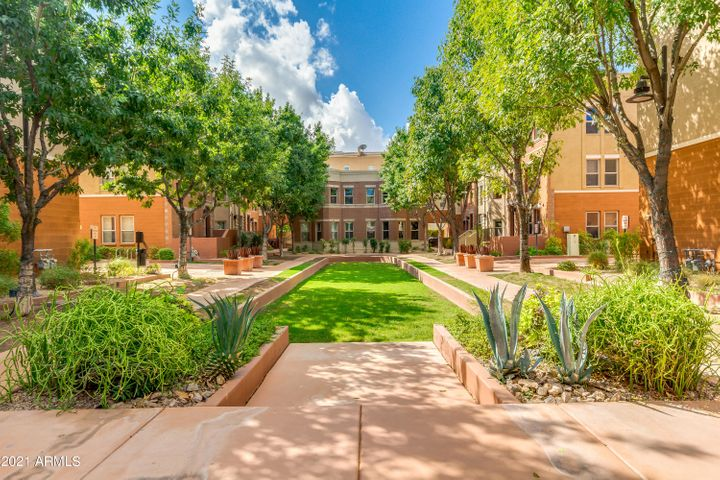 543 W 6TH Street, Tempe, AZ 85281
