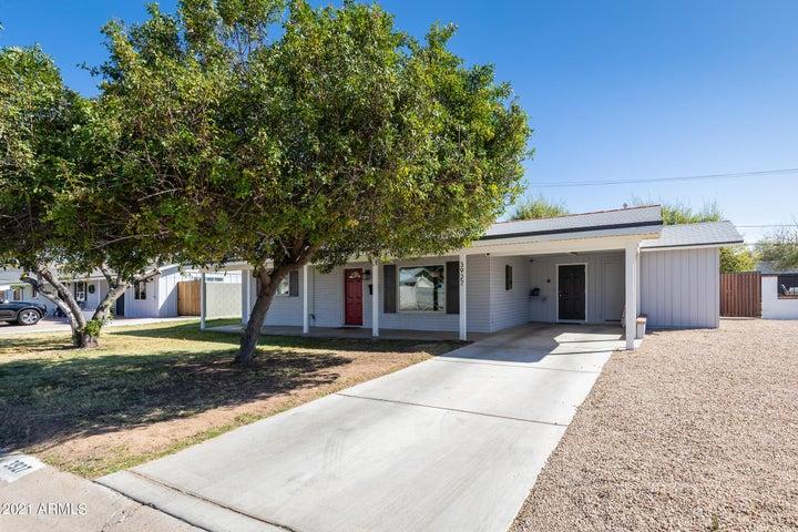 3927 N 43RD Street, Phoenix, AZ 85018