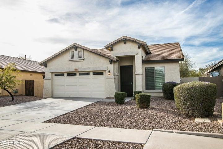3830 S COACH HOUSE Drive, Gilbert, AZ 85297