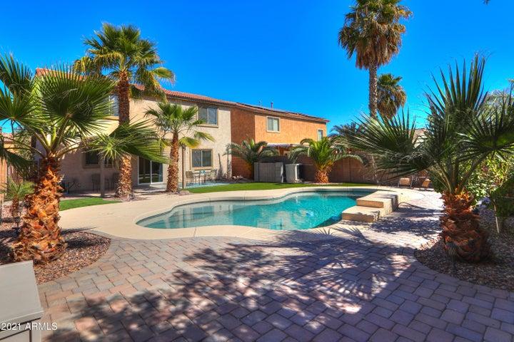 44841 W BALBOA Drive, Maricopa, AZ 85139