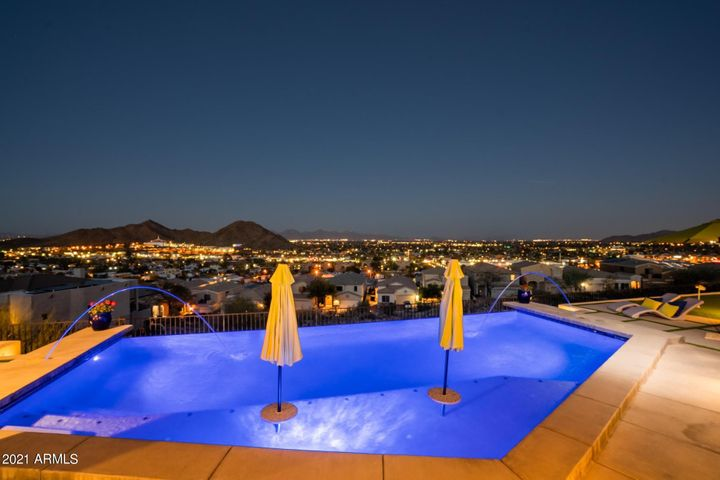 12833 N 18TH Street, Phoenix, AZ 85022