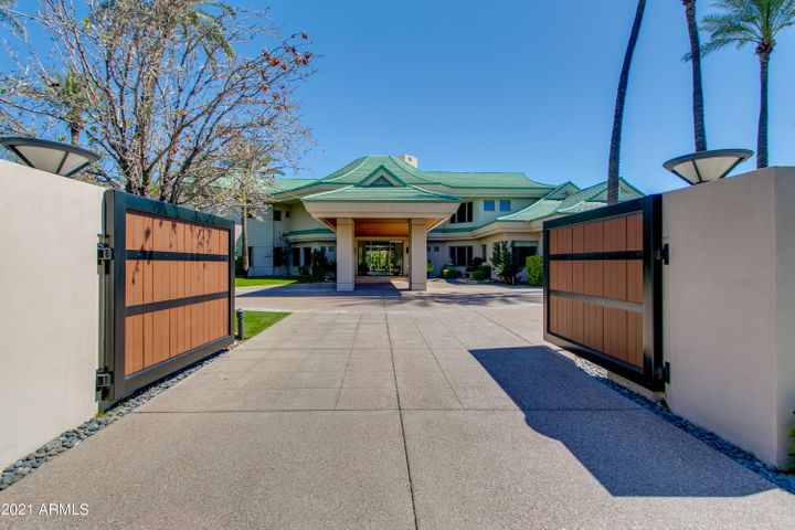 Welcome to 42 Biltmore Estate - private gated entrance