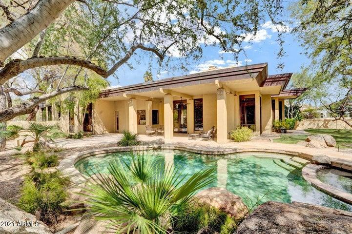 8487 N Canta Bello, Paradise Valley, AZ 85253