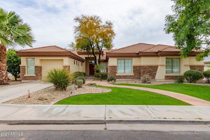 3151 E INDIGO Circle, Mesa, AZ 85213