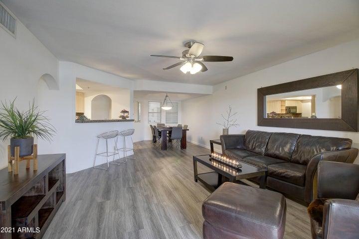 5104 N 32nd Street, 305, Phoenix, AZ 85018