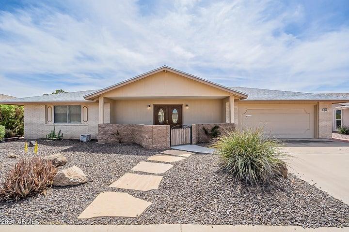 9503 W Glen Oaks Circle, Sun City, AZ 85351