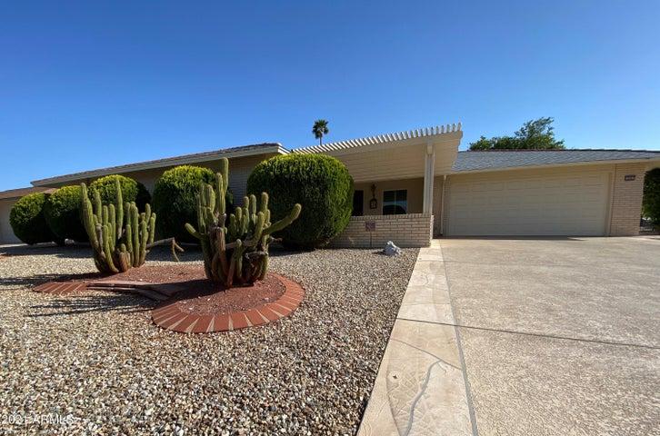 10007 W PINEAIRE Drive, Sun City, AZ 85351