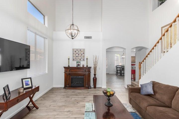 12209 W LINCOLN Street, Avondale, AZ 85323