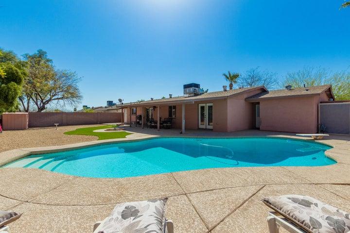 3236 E LUPINE Avenue, Phoenix, AZ 85028