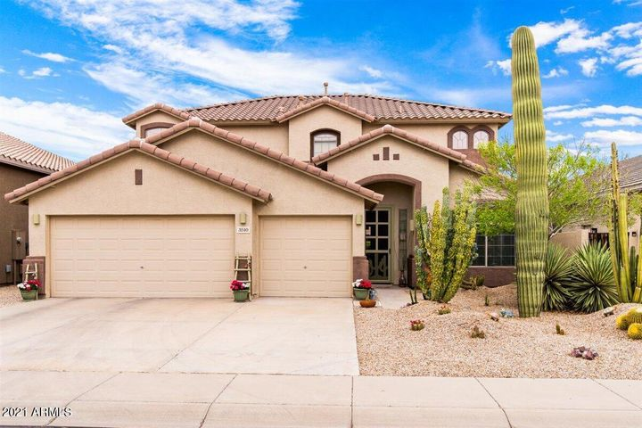 Beautiful Home with a 3 Car Extended Garage!