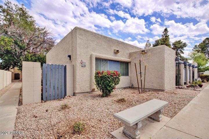 551 S ALLRED Drive, Tempe, AZ 85281