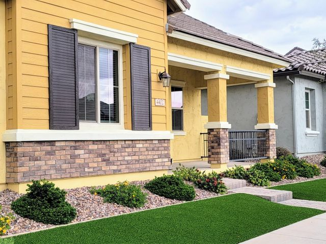 4402 E EVELYN Street, Gilbert, AZ 85295