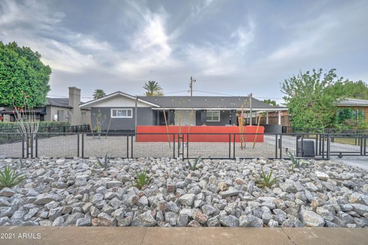 522 W WINDSOR Avenue, Phoenix, AZ 85003