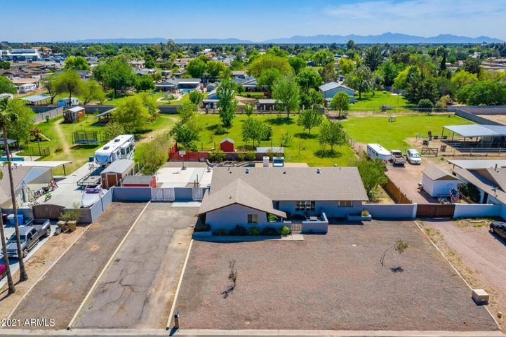 4141 W MONTE CRISTO Avenue, Phoenix, AZ 85053